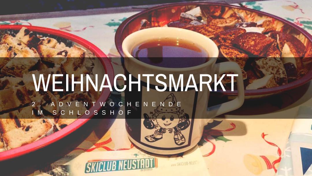 Weihnachtsmarkt am zweiten Adventwochenede im Schlosshof